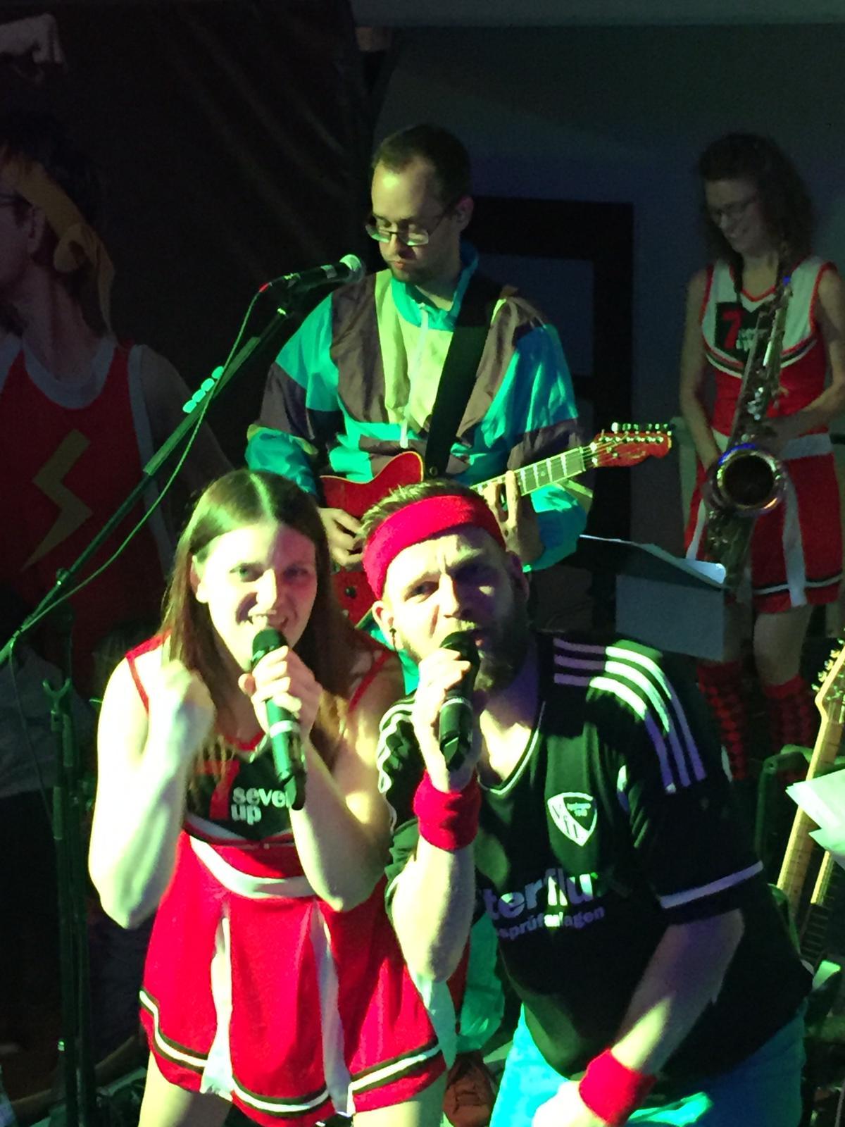 Seven Up - die band. live bei der MGV Fasnetsshow 2019 in Neuhausen
